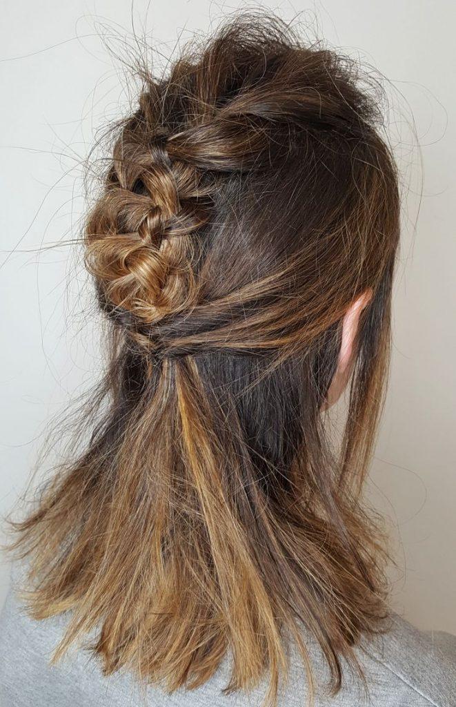 peinados para media melena con trenzas